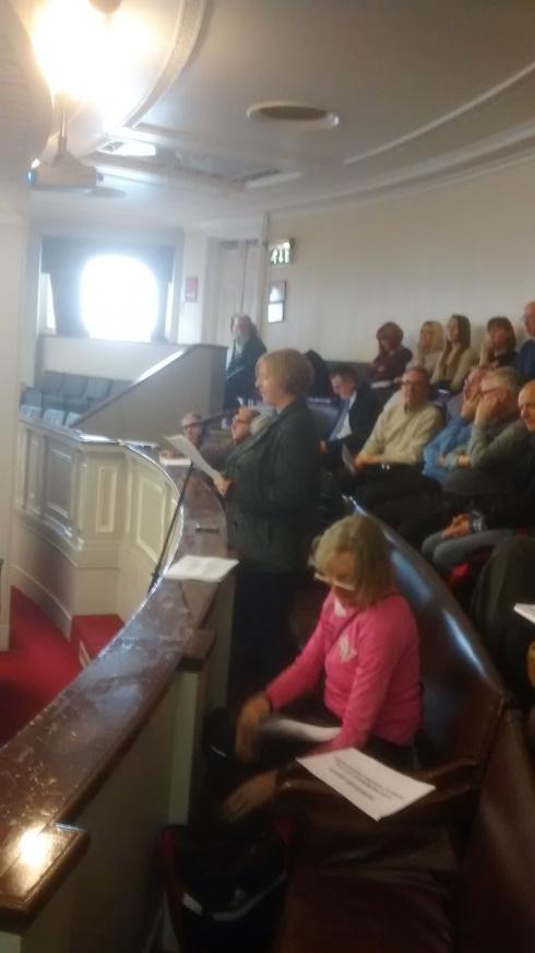 Council meeting 2nd Dec 004